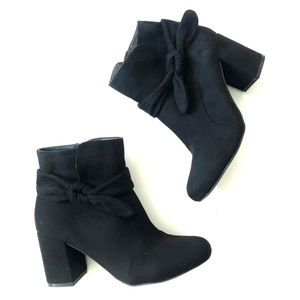 Just Fab Hellen Black Ankle Booties Boots